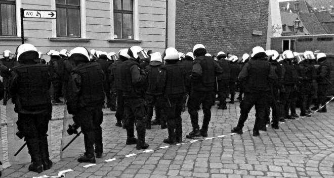 Zadośćuczynienie niesłuszne zatrzymanie manifestacji