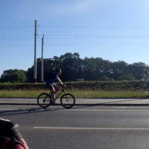pas dla rowerów ruch prawostronny