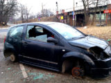 Pijany kierowca pchanego samochodu