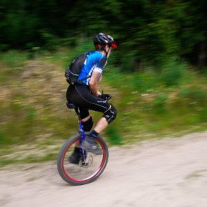 potrącenie rowerzysty chodniku