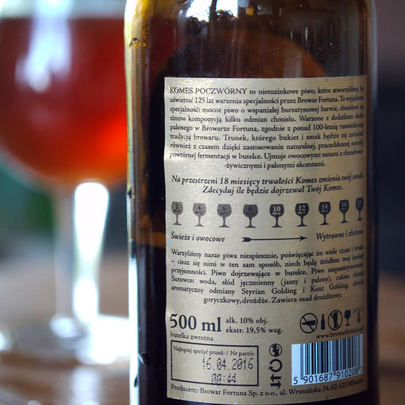 leżakowane piwo Komes poczwórny bursztynowy
