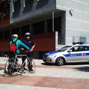 niezatrzymanie pojazdu kontroli policyjnej