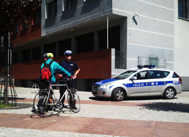 Policjant publicznie krytykujący policję
