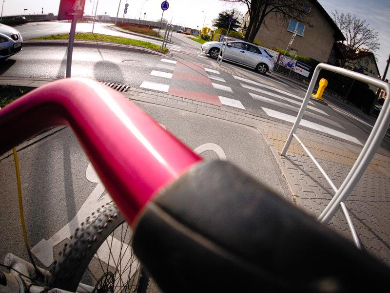 pierwszeństwo na przejeździe dla rowerów