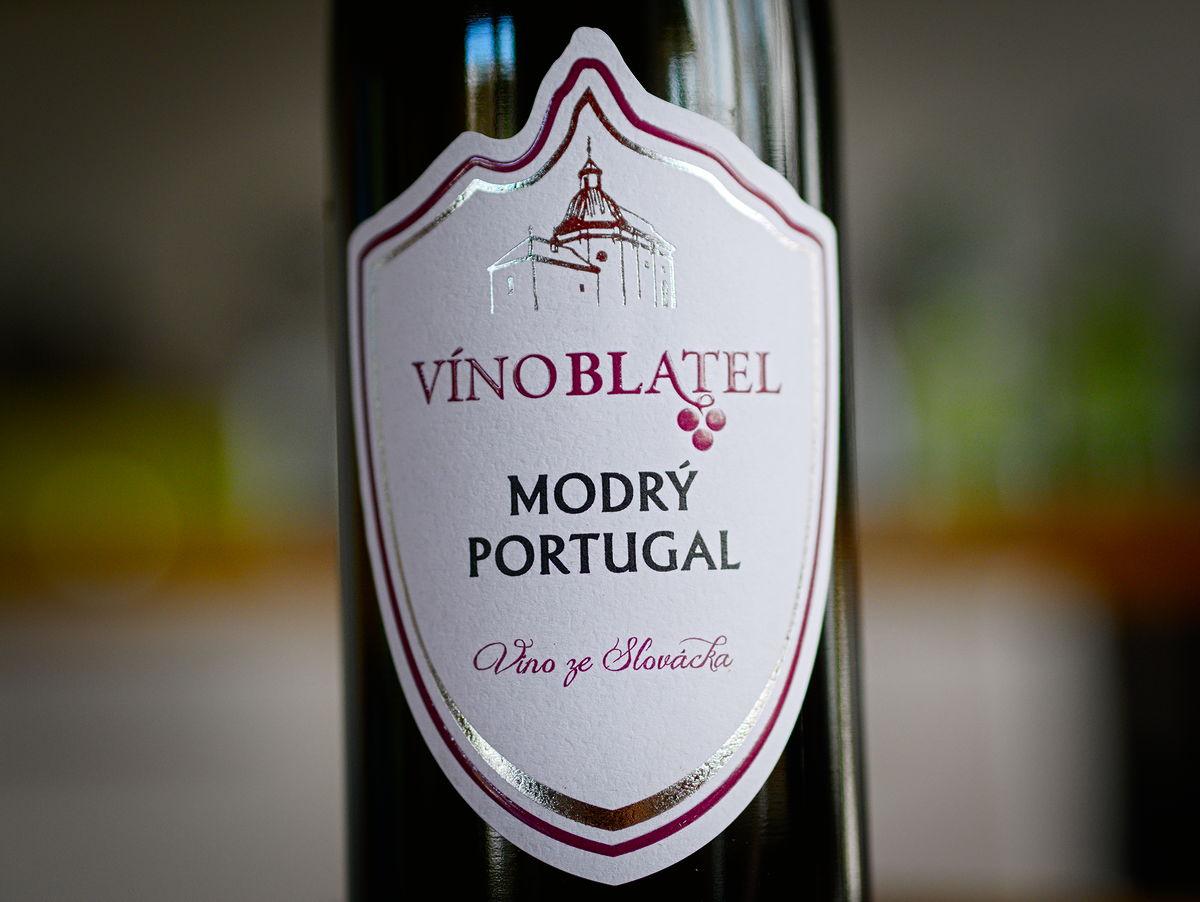 Víno Blatel Modrý Portugal